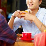 マッチングアプリの初デートで会話が続くコツやNGトーク例を紹介